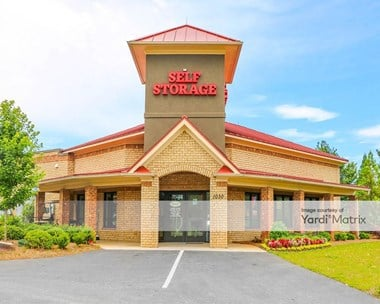 Storage Units for Rent available at 1030 Peachtree Pkwy, Cumming, GA 30041 Photo Gallery 1