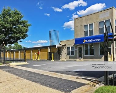 Storage Units for Rent available at 2929 Pennsy Drive, Landover, MD 20785