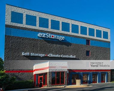 Storage Units for Rent available at 12211 Middlebrook Road, Germantown, MD 20874