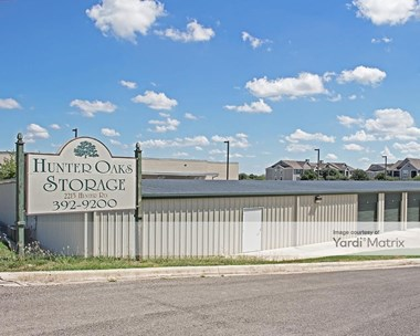 Storage Units for Rent available at 2215 Hunter Road, San Marcos, TX 78666 Photo Gallery 1