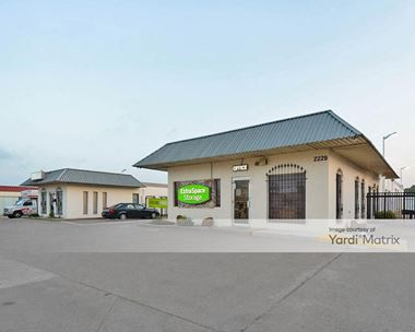 Storage Units for Rent available at 2229 West Division Street, Arlington, TX 76012