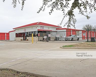 Storage Units for Rent available at 1502 North Nolan River Road, Cleburne, TX 76033