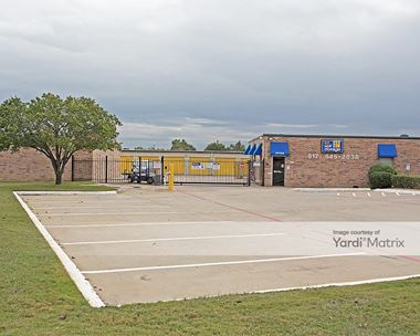 Storage Units for Rent available at 1151 West Euless Blvd, Euless, TX 76040