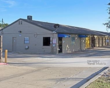 Storage Units for Rent available at 4820 Western Center Blvd, Haltom City, TX 76137 Photo Gallery 1