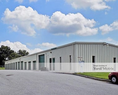 Storage Units for Rent available at 1815 Thornhill Road, Auburndale, FL 33823 Photo Gallery 1
