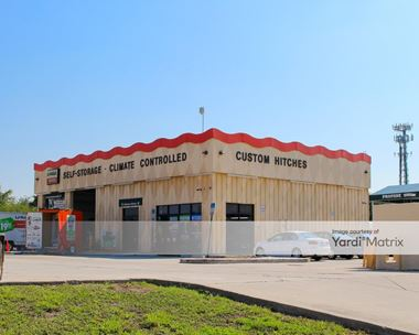 Storage Units for Rent available at 3851 South Orlando Drive, Sanford, FL 32773 Photo Gallery 1