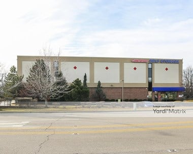 Storage Units for Rent available at 1718 Waukegan Road, Glenview, IL 60025 Photo Gallery 1