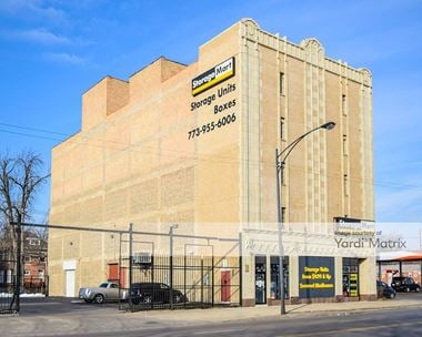 Storage Units for Rent available at 6714 South Cottage Grove Avenue, Chicago, IL 60637 Photo Gallery 1
