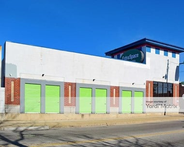 Storage Units for Rent available at 4995 North Elston Avenue, Chicago, IL 60630 Photo Gallery 1