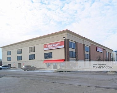 Storage Units for Rent available at 2484 Oakton Street, Evanston, IL 60202 Photo Gallery 1