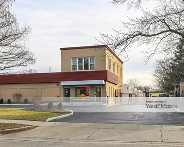 Storage Units for Rent available at 1775 Chestnut Avenue, Glenview, IL 60025 Photo Gallery 1