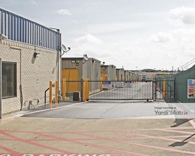 Storage Units for Rent available at 150 North Clark Road, Cedar Hill, TX 75104