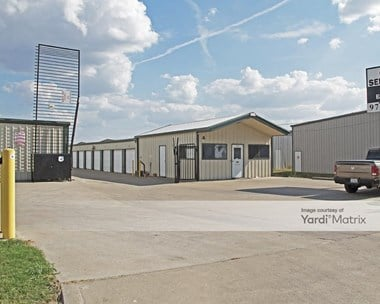 Storage Units for Rent available at 150 Seagoville Road, Seagoville, TX 75159 Photo Gallery 1