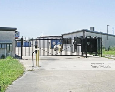 Storage Units for Rent available at 101 Brown Industrial Road, Waxahachie, TX 75167 Photo Gallery 1