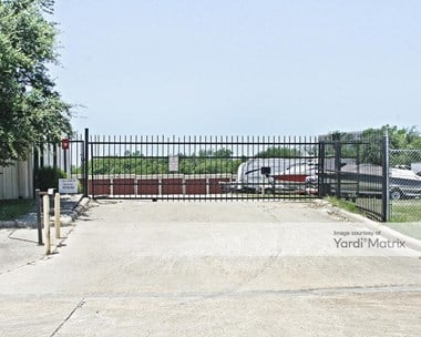 Image for Easy Self Storage - 307 Industrial Drive, TX