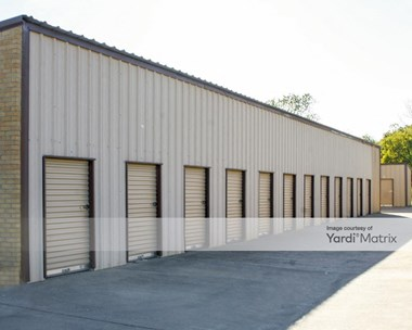 Storage Units for Rent available at 200 South Old Rail Road, Kaufman, TX 75142 Photo Gallery 1