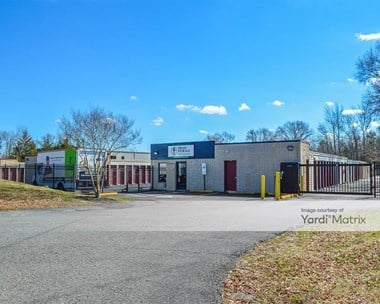 Storage Units for Rent available at 10361 Kings Acres Road, Ashland, VA 23005 Photo Gallery 1