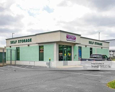 Storage Units for Rent available at 3401 Airline Blvd, Portsmouth, VA 23701