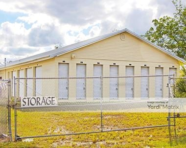 Storage Units for Rent available at 7320 State Road 50, Groveland, FL 34736