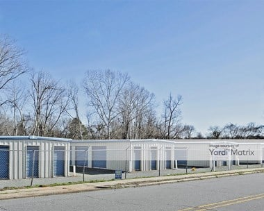 Storage Units for Rent available at 411 South Chatham Avenue, Siler City, NC 27344 Photo Gallery 1