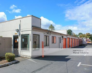 Storage Units for Rent available at 13325 SE Mcloughlin Blvd, Milwaukie, OR 97222 Photo Gallery 1