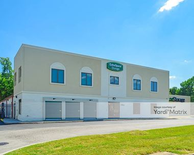 Storage Units for Rent available at 8025 Midlothian Turnpike, Richmond, VA 23235