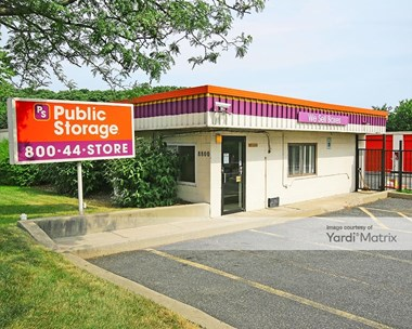 Storage Units for Rent available at 8800 Wise Avenue, Dundalk, MD 21222 Photo Gallery 1
