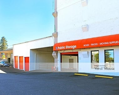 Image for Public Storage - 1620 NE Sandy Blvd, OR