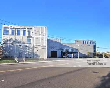 Storage Units for Rent available at 550 Grand Street, Jersey City, NJ 07302