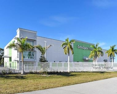 Storage Units for Rent available at 1510 South Tamiami Trail, Venice, FL 34293