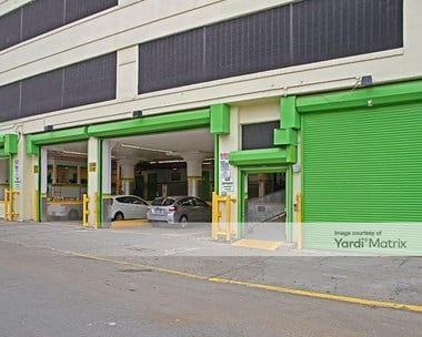 Storage Units for Rent available at 32 Grand Avenue, Brooklyn, NY 11205 Photo Gallery 1