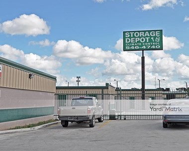 Storage Units for Rent available at 654 North Expressway 77, Brownsville, TX 78520 Photo Gallery 1