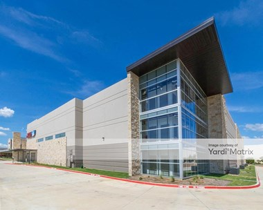 Storage Units for Rent available at 850 Gerault Road, Flower Mound, TX 75028 Photo Gallery 1