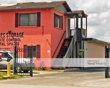 Storage Units for Rent available at 5907 West Linebaugh Avenue, Tampa, FL 33624 Photo Gallery 1