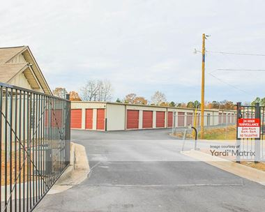 Storage Units for Rent available at 1705 AR-5 North, Benton, AR 72019