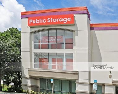 Storage Units for Rent available at 1 NW 57th Street, Fort Lauderdale, FL 33309