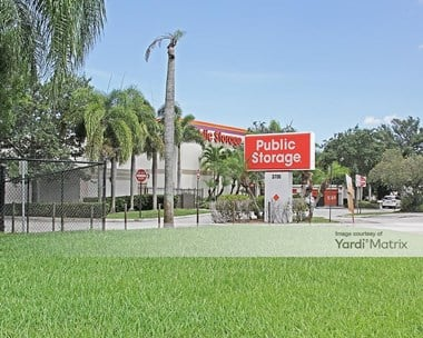 Storage Units for Rent available at 3700 South University Drive, Davie, FL 33328 Photo Gallery 1