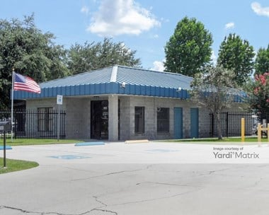 Storage Units for Rent available at 2580 Michigan Avenue, Kissimmee, FL 34744 Photo Gallery 1