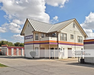 Storage Units for Rent available at 4910 South Zarzamora Street, San Antonio, TX 78211 Photo Gallery 1