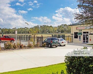 Storage Units for Rent available at 175 South Rolling Acres Road, Lady Lake, FL 32159 Photo Gallery 1