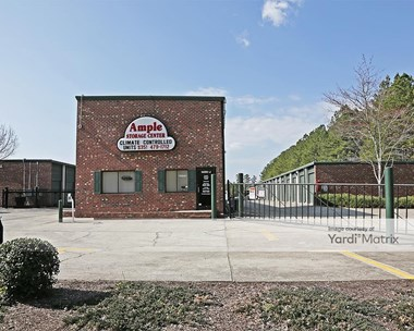Storage Units for Rent available at 1405 J Old Oxford Road, Durham, NC 27704 Photo Gallery 1