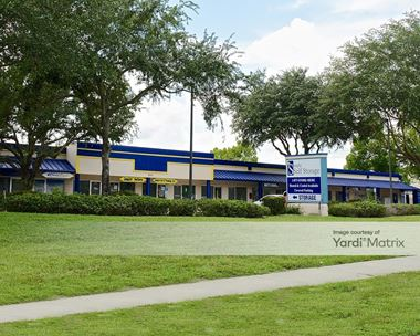 Storage Units for Rent available at 510 Douglas Avenue, Altamonte Springs, FL 32714 Photo Gallery 1