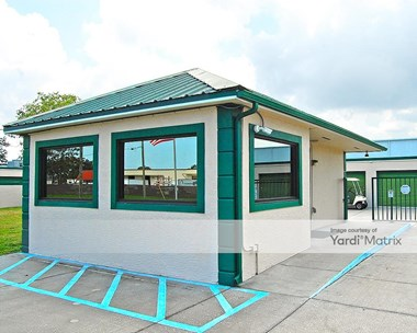 Storage Units for Rent available at 450 Distribution Drive, Melbourne, FL 32904 Photo Gallery 1