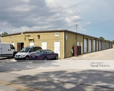 Storage Units for Rent available at 1752 Huntington Lane, Rockledge, FL 32955 Photo Gallery 1