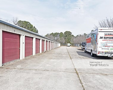 Storage Units for Rent available at 8000 Rhodes Road, Apex, NC 27502 Photo Gallery 1
