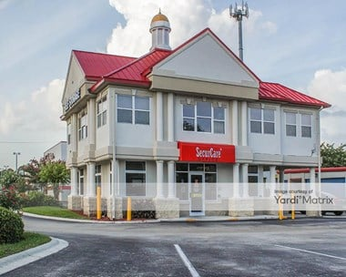 Storage Units for Rent available at 3585 US Highway 17, Fleming Island, FL 32003 Photo Gallery 1