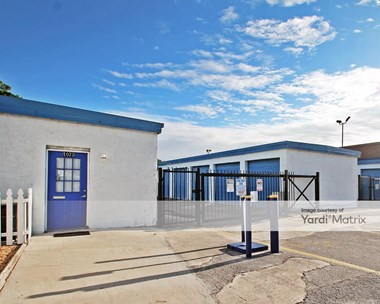 Storage Units for Rent available at 1073 Atlantic Blvd, Atlantic Beach, FL 32233 Photo Gallery 1