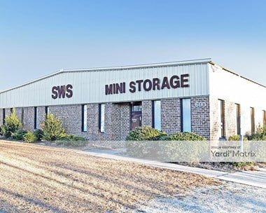 Storage Units for Rent available at 600 Old Roberts Road, Benson, NC 27504 Photo Gallery 1