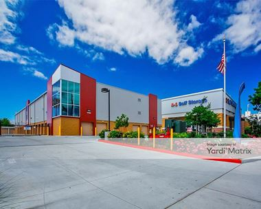 Storage Units for Rent available at 1701 Senter Road, San Jose, CA 95112 Photo Gallery 1