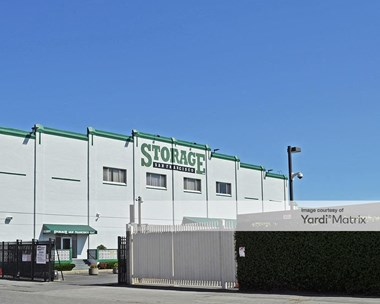 Storage Units for Rent available at 435 23rd Street, San Francisco, CA 94107 Photo Gallery 1